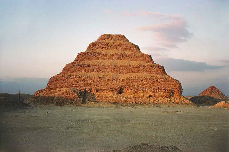 Pirámide escalonada de Zoser. Saqqara