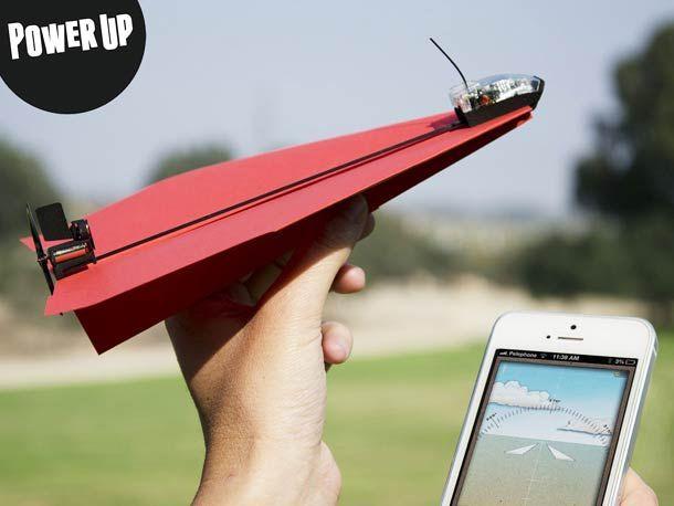 PowerUp – Piloter un avion en papier avec un Smartphone !