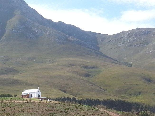 Church in Hemel en Aarde Valley - Tours du Cap