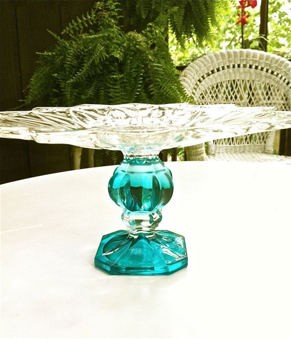 Beautiful vintage dessert stand 9 via etsy for Beautiful cake stands