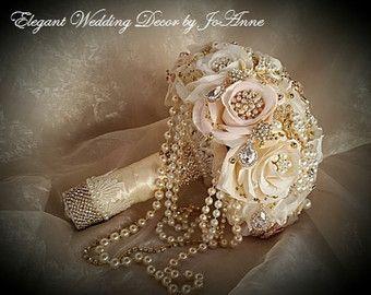 VINTAGE Brosche BOUQUET, Kaution für eine kaskadierende Perle Blush Elfenbein Rose Gold Brosche Bouquet, Jeweled Strauß, Rose Gold, Brosche Strauß