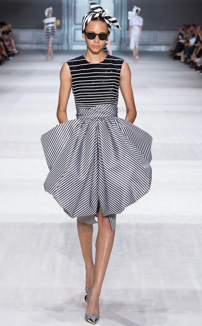 Monochrome black and white striped retro scarf headband + sequin embellishment + print cocktail dress Giambattista Valli Fall Winter 2014 #Couture #FW2014 #HauteCouture