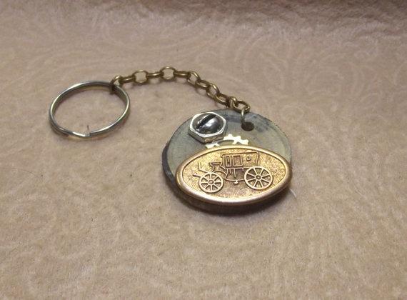 Auto Theme Keychain Key Ring Key Fob Wood by SophiesHatsandMore,