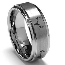 Silver Tungsten mens and womens deer hunting ring with the skull makes the perfect jewelry fit for hunters.