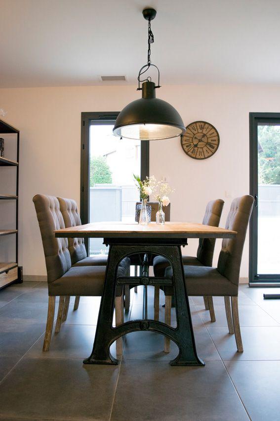 salle à manger table industrielle métal et bois maison du monde ...