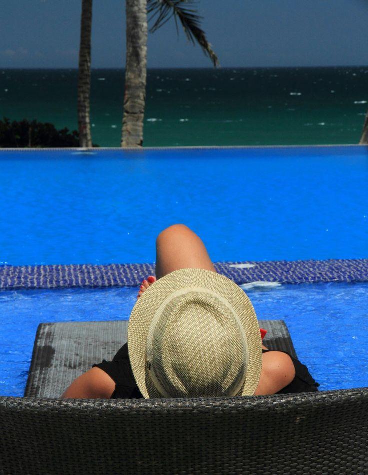 Relaxing in Ikin Hotel Margarita, Venezuela