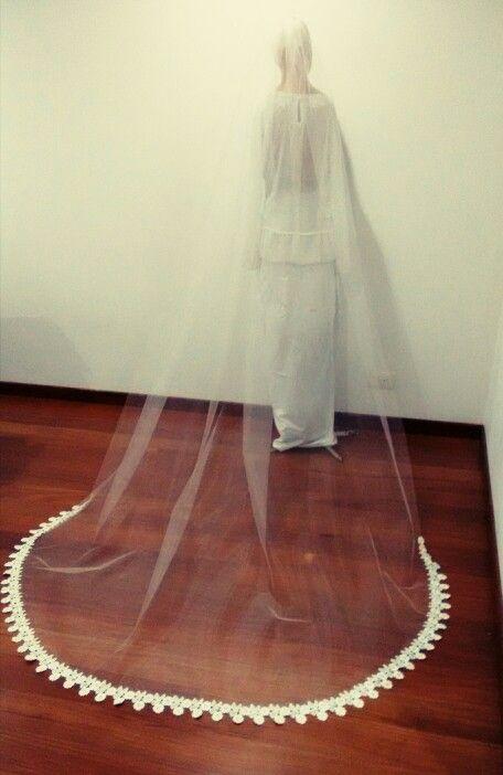 Velo catedral , encaje flores en semi círculo / wedding veil. Cel.+57 3007273559 – Tel .8219282