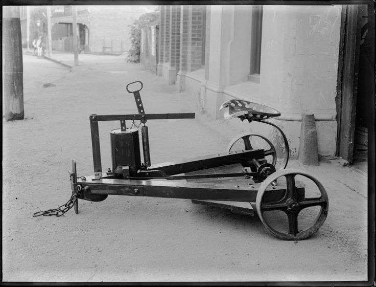 014067PD: A Ferrier rabbit poison cart, ca. 1918  https://encore.slwa.wa.gov.au/iii/encore/record/C__Rb2952036