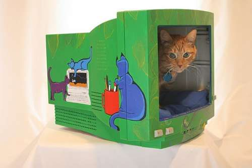 From Instructables, an old computer monitor turned cat bed - AWESOME!!!  & More... The Fabulous Five   Amazing Upcycled Creations