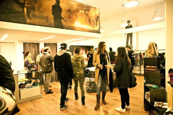 Temporary Store Milano | Splendido temporary store nel cuore dei Navigli di Milano, perfetto per attività di vendita temporanee, eventi e showroom.