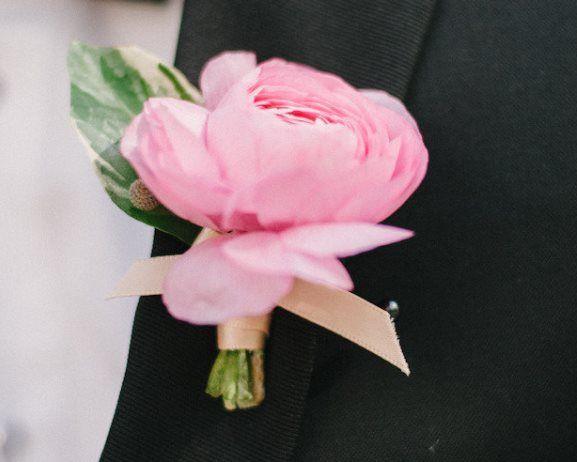 Wedding Boutonniere Ideas   Weddings Romantique