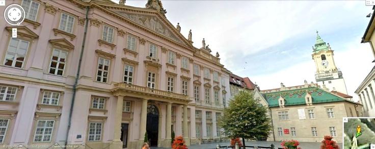 Google Street View - Primacialne namestie, Bratislava