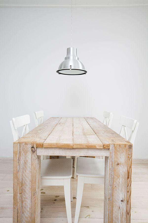 #dining #diningtable #lamp #minimal #minimalistic #white #realestate #zien24