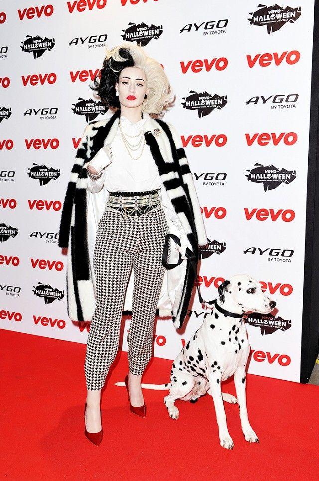 1001 Dalmatiner Cruella de Vil Kostüm selber machen | Kostüm Idee zu Karneval, Halloween & Fasching