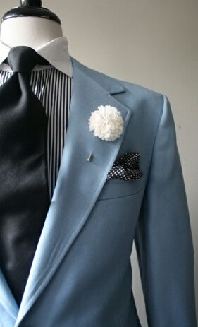 Cool-life, there it is, WOW , MENS SUITS, a huge business, that AFRICAN AMERICAN men need to open .