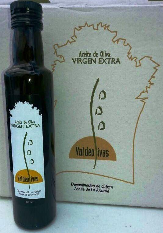 Botellas de 0.25 L. de aceite de oliva virgen extra D.O. Alta Alcarria, disponible en nuestra tienda virtual