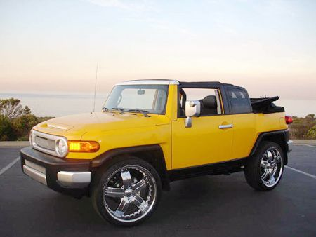 What blindspot? Toyota FJ Cruiser Convertible - Autoblog