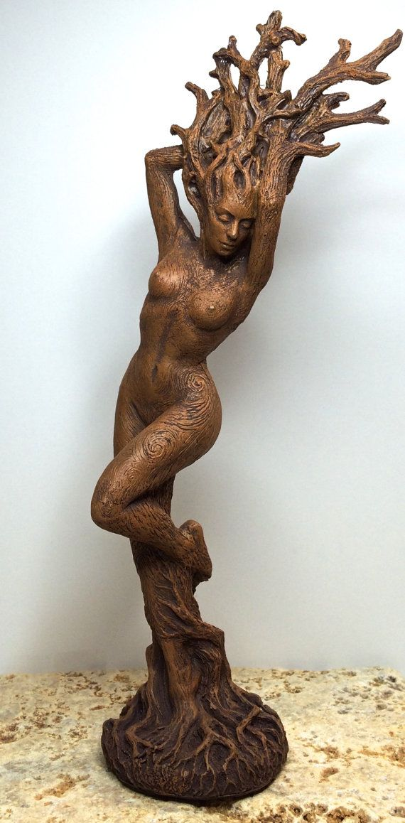 Dryade-Statue 8Version von Dellamorteco auf Etsy
