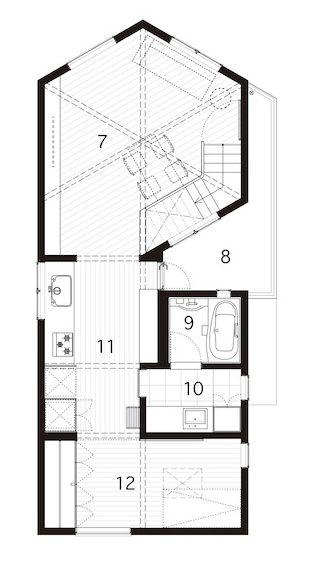 House in Tsurumaki / Case-Real