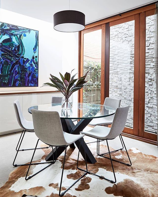 The GlobeWest Hudson Dining Table and Levi Dining Chair are a match made in heaven!  Photo credit: @stylingproperties  #interior #interiors #interiordesign #interiorinspo #interiorinspiration #perthinteriors #interiorstyling #perthinteriordesign #perthinteriordesigners #perthstylist #perthdesign #perthbusiness #perthlife #perthfurniture #furniture #roxbylane #globewest #livingroom #perthisok #interiordesigners