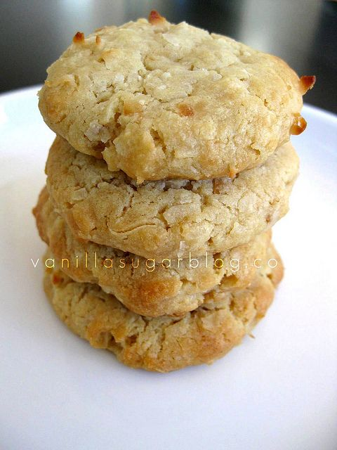 coconut cream cheese cookies by Vanilla Sugar Blog | Also try adding chopped pecans for crunch!