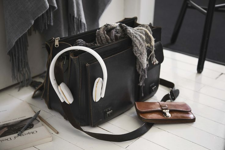 aHEAD in white from KREAFUNK are wireless headphones for the person that wants to listen to music in style