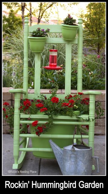 ROBINS NESTING PLACE: Rockin' Hummingbird Garden This is fabulous and hummingbirds visit her rocking feeder!