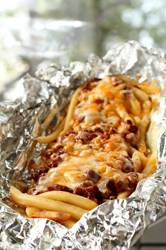 Campfire Chili Cheese Fries Tin Foil Dinner ! Cook chili cheese fries on your BBQ, over the fire or in the oven! from @kitchenmagpie.