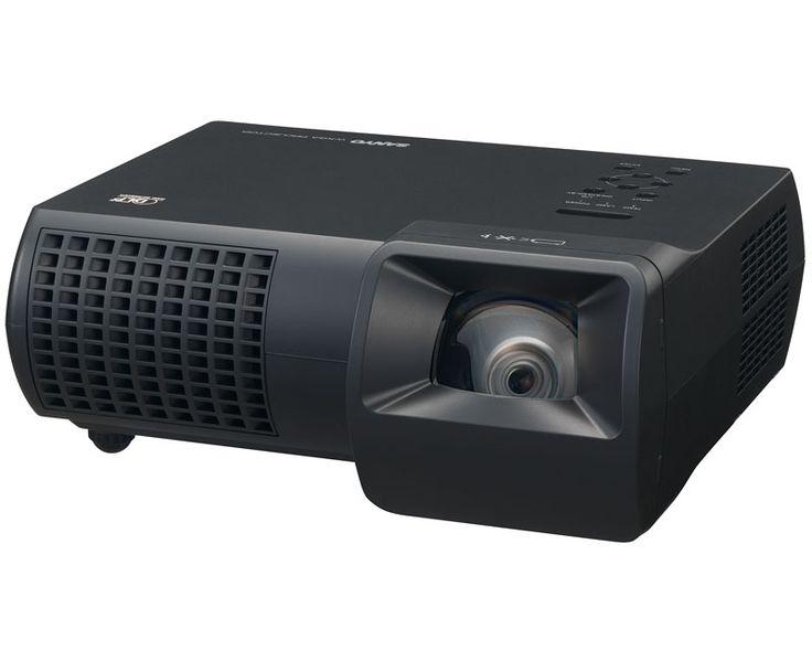 Le vidéoprojecteur Sanyo PDG-DWL100 est idéal en visioconférence destiné à un public de professionnels. #videoprojecteurs #ultracourtefocale #videoprojecteur-sanyo-ultra-courte-focale-pdg-dwl100