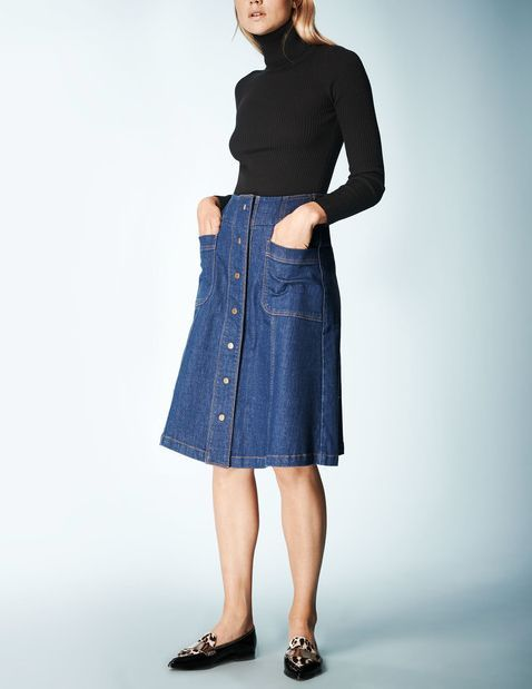 Boden St Martins Skirt Denim Boden, Denim 35245638 Deserving of its status as skirt of the season, this iconic Seventies cut is back in a big way. Arty, understated and anything-but-try-hard, the St Martins Skirt is all about that unique London attitu http://www.comparestoreprices.co.uk/january-2017-9/boden-st-martins-skirt-denim-boden-denim-35245638.asp