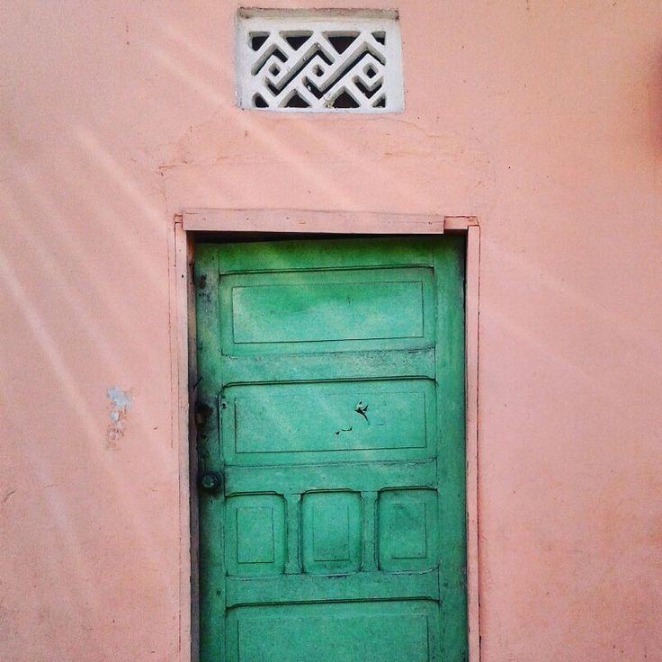 Pink Door House. Barranquilla, Colombia.