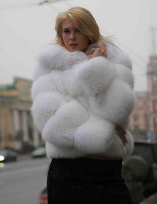 White fox fur - photo#1