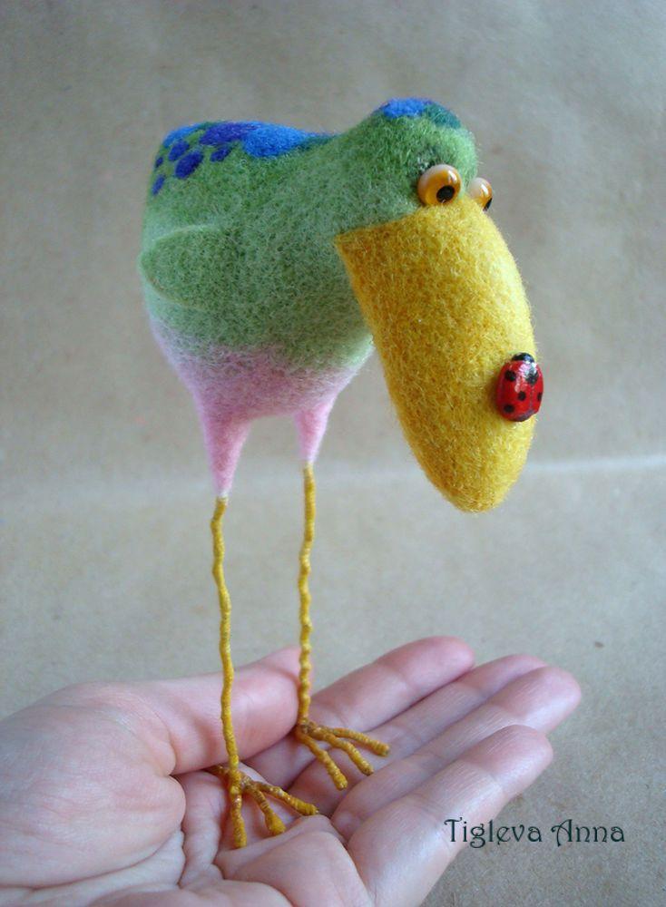 """Купить Авторская игрушка из шерсти """"Стройные ножки"""" - комбинированный, птица, ноги, подарок"""