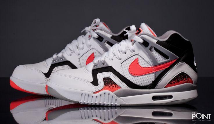 Zapatillas Nike Air Tech Challenge II Hot Lava, llega a #ThePoint una de las zapatillas #retrotennis de #Nike mas demandadas de la historia, nada mas ni menos que el modelo #NikeAirTechChallengeII en el colorway #HotLava , calzada en los 90 por el tenista #AndreaAgassi y modelo de referencia entre los #sneakerheads mas exigentes, hazte con ellas clicando aquí, http://www.thepoint.es/es/zapatillas-nike/1470-zapatillas-hombre-nike-air-tech-challenge-ii-hot-lava.html