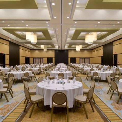 hiltongardeninn3 hilton hilton hotel ballroom pre hotel ballroom rooms