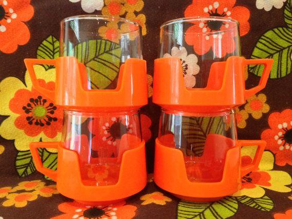 Vintage JAJ Pyrex Orange Mugs Cups par rebeccaheartsvintage sur Etsy, £17.00