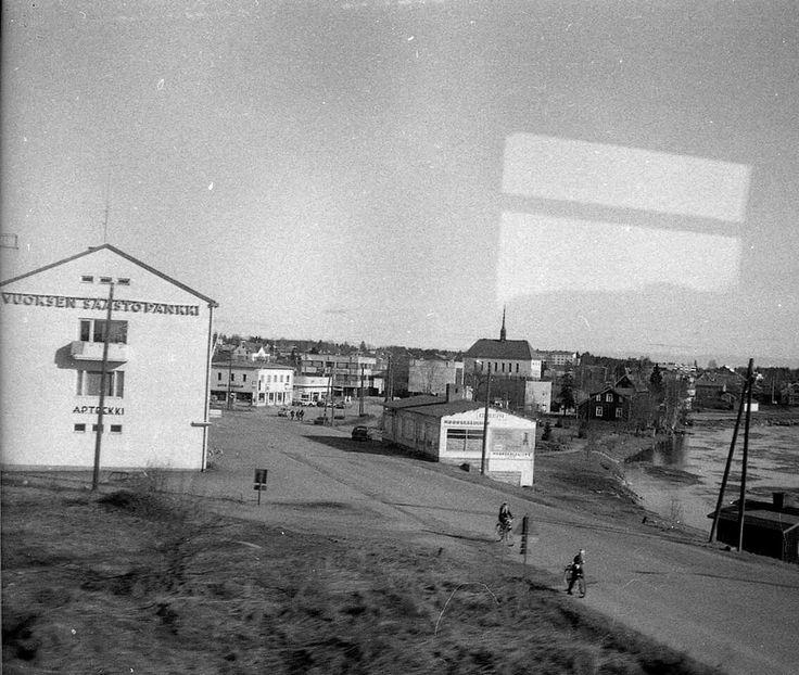 Tainionkoski 1967. Kuvattu junasta.