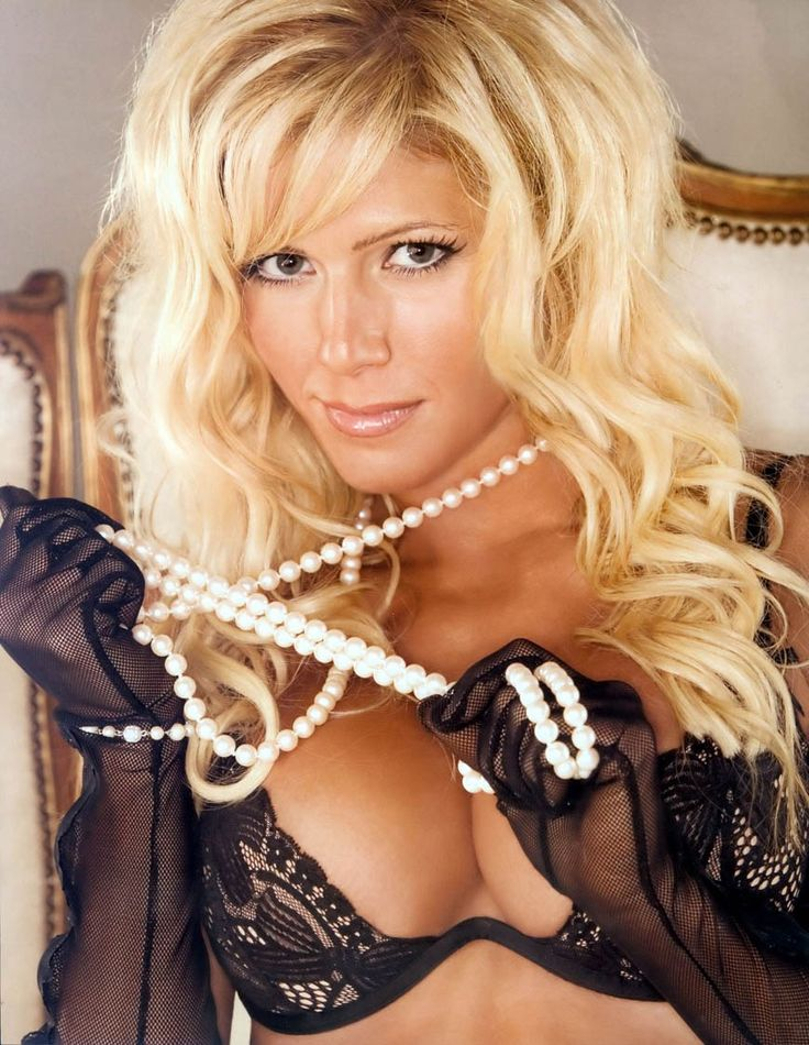 Torrie Wilson Wallpapers Photos Images in HD × Torrie