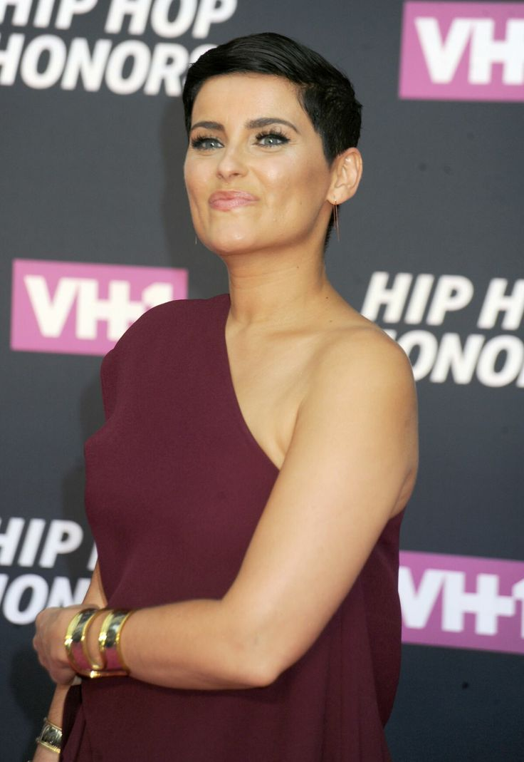 Celebrity Nelly Furtado wallpapers. Pictures, images ...
