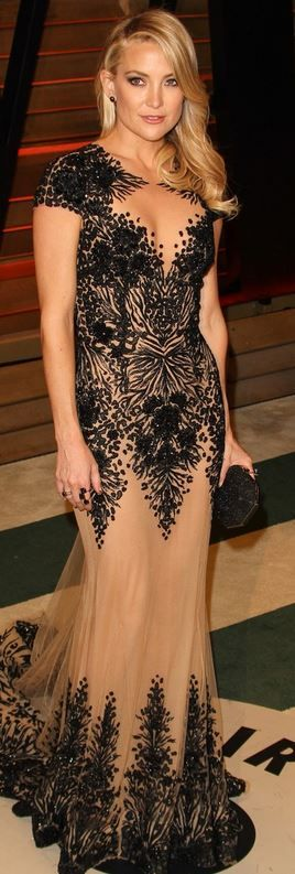 Best Dressed @ 2014 Oscar Party - Vanity Fair | Kate Hudson in a nude & black Zuhair Murad Couture gown with intricate lace & beading patterns paired with a sparkly black box clutch