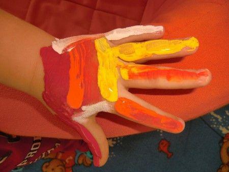Pocta rukám - body art