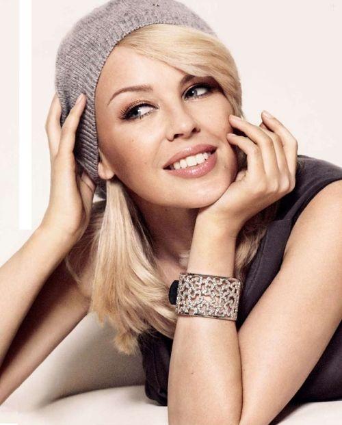Kylie Minogue, beautiful, talented, definitely a favorite celeb of mine!!!