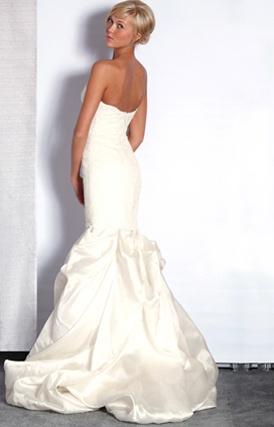 Justina McCaffrey -- Divinamente (Style: 1104; Organza Bubble Skirt, Lace drop waist bodice)
