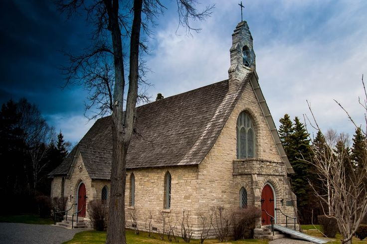 Anglican church of Murray bay by Réjean Côté - Buildings & Architecture Places of Worship ( anglican church; murray bay; pointe-au-pic;  casino of charlevoix )