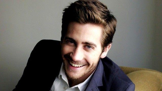 Hoje é feriado e quero dar duas dicas imperdíveis para vocês: A primeira é o filme Contra do Tempo, com Jake Gyllenhaal, em cartaz nos cinemas. A sinopse: numa manhã, um soldado acorda no corpo de um viajante desconhecido e, oito minutos depois do fato estranho, é testemunha da explosão de um trem. A missão …