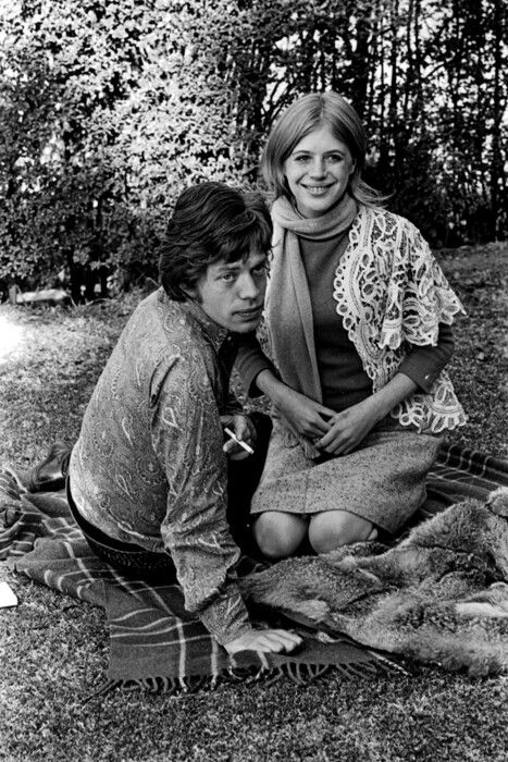 Marianne Faithfull and Mick Jagger, the happy years :-)