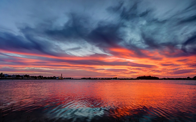 Sunset at Lake Sumter, The Villages, Florida by Curtis Simmons, via Flickr