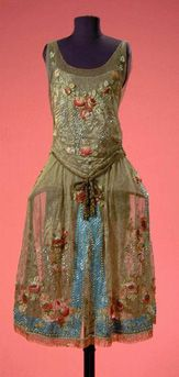 Boue Soeurs Gold Lace Robe de Style; French, circa 1925