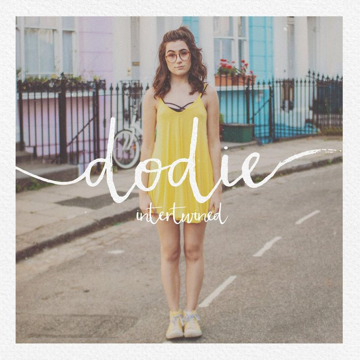 Dodie Clark: cutest, hottest minion alive