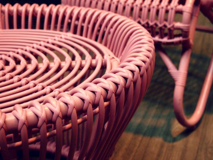 Boho Boheme - Boheemse tuin, bohemian garden. Pink Wicker Set Furniture ♥ #fonteyn